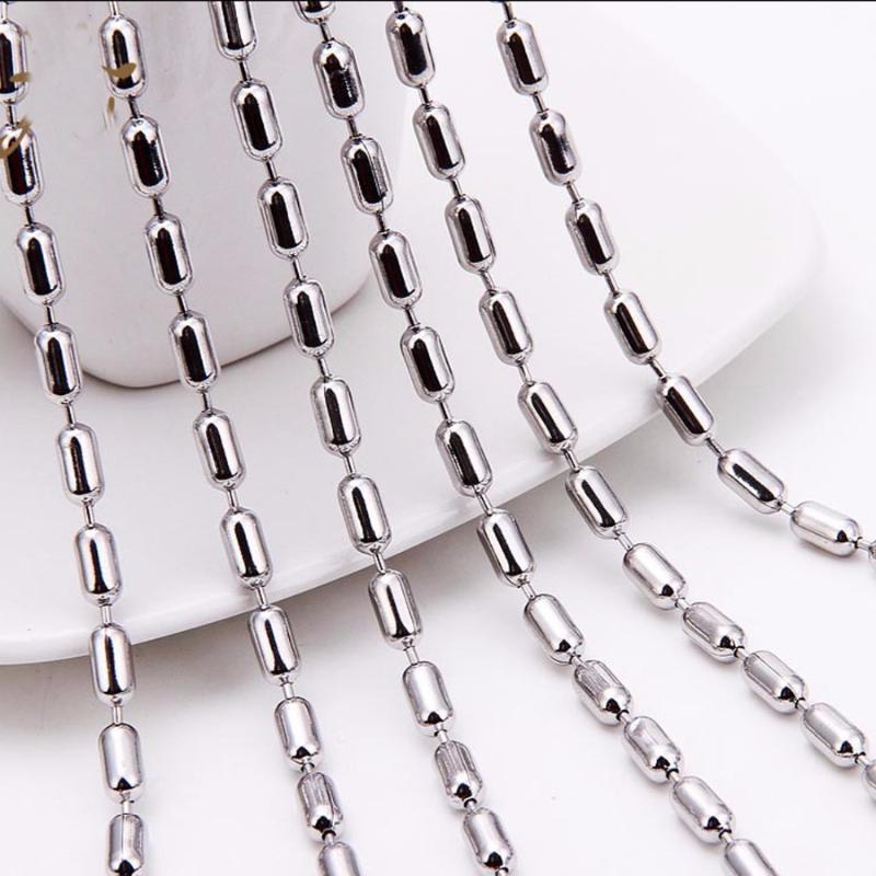 50 / 100pcs / lot 1,5 / 2 / 2,4 / 3 / 3,2 mm Largeur chaîne en acier inoxydable Collier Collier de haute qualité ballon de match Bijoux chaîne