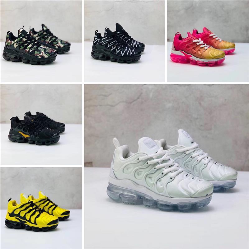 Nike Air VaporMax Plus TN Mais de Almofadas Running Shoes sol geométrica Triplo Black White Grey crianças de prata vermelhos esportes das mulheres dos homens do desenhista tênis