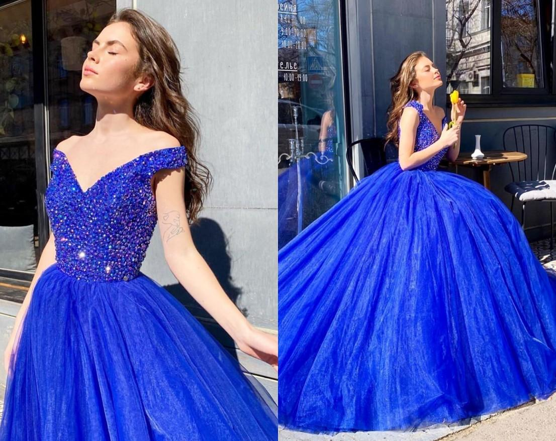 Charming Royal Blue V neck Evening Prom Dresses Cheap Crystal Top Ruched with Sleeves Off shoulder Designer Satin Pleated Quinceanera Dress