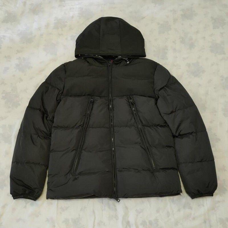 Jacket Mens inverno Brasão de Down Windbreaker espessura quente casaco com capuz Moda inverno alta qualidade 100% de pato branco para baixo jaqueta mulher