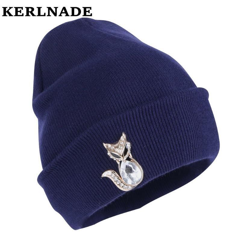 Beanie / Capas de cráneo Mujeres Diseño Beanie Girl Casual Winter Hat Crystal Beads Animal Pattern Mujer Foras de moda Skullies al por mayor