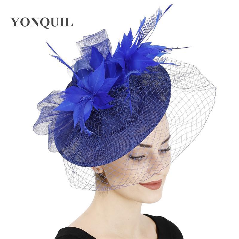 malla azul real nueva moda sombreros de novia velos del fascinator wedding señoras de las mujeres del sombrero pinza de pelo de plumas casco del partido de coctel