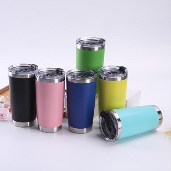 20 Unzen Edelstahl Tumblers Cups Vacuum Insulated-Reise-Becher Metall-Wasser-Flaschen-Bier Kaffeetasse mit Deckel 18 Farben OWE1592