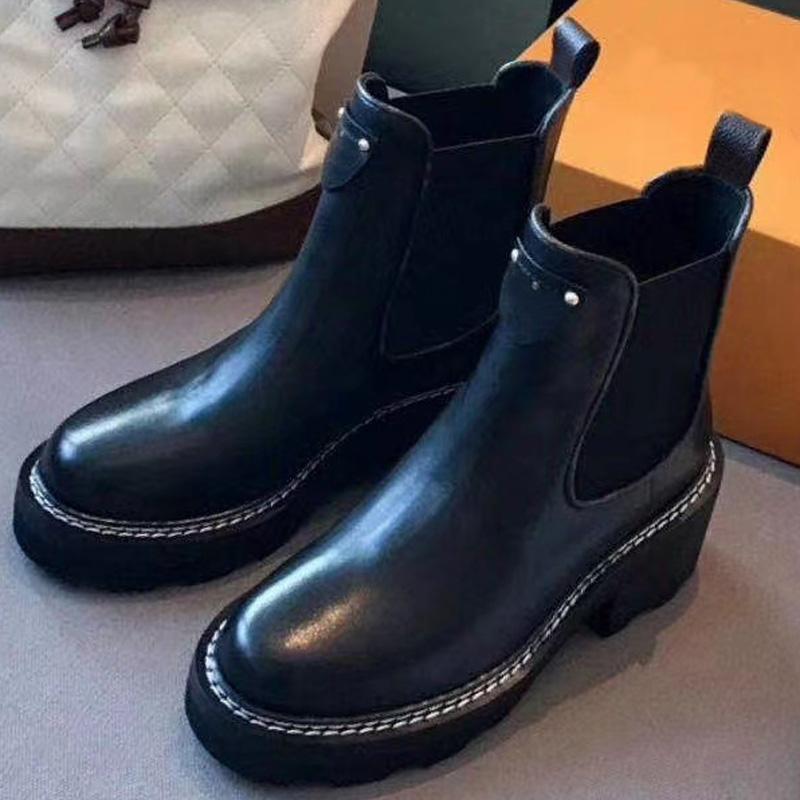 Femmes Bottes Derby Martin Top bataille Qualité Chaussures de cheville en cuir noir avec semelle en caoutchouc Chaussures Plate-forme