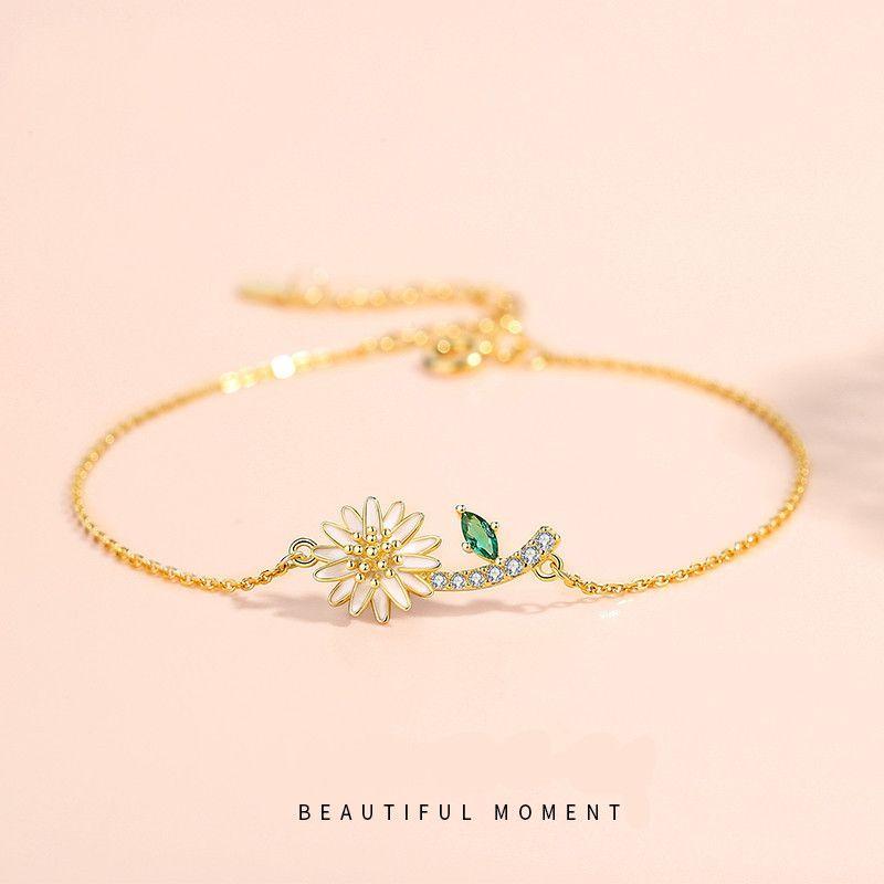 womens bracelet design Charms Designer Convient pour le charme du parti de rassemblement social 925 bijoux en argent Bracelet tendance Chrysanthème
