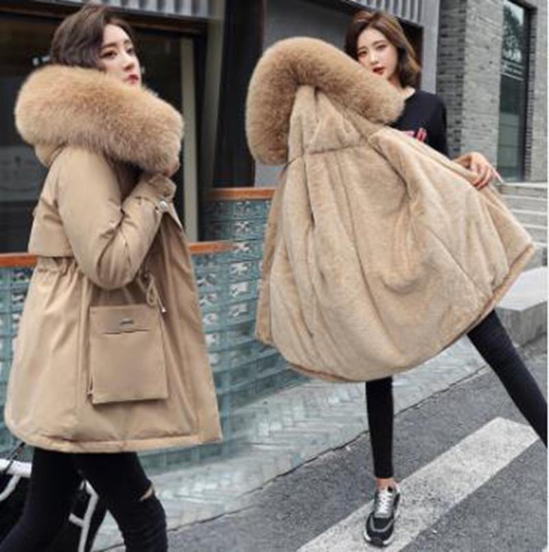 Großhandel Damen Velvet Liner verdicken mit Kapuze Parka-Frauen nehmen mit großem Pelzkragen Oberbekleidung Herbst-Winter-Jacke Frauen-Mantel