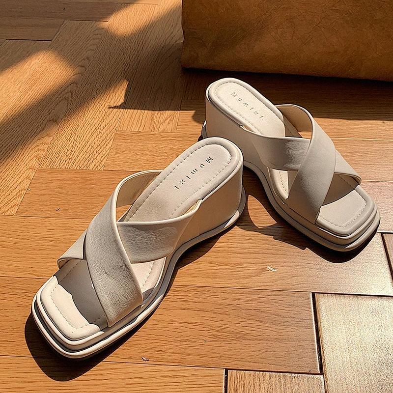 nuovi arrivi dropship 2020 Piattaforma pistoni di estate per la donna Peep Toe confortevole cuneo tacchi alti mulo pompa i pattini della donna del partito CADP #