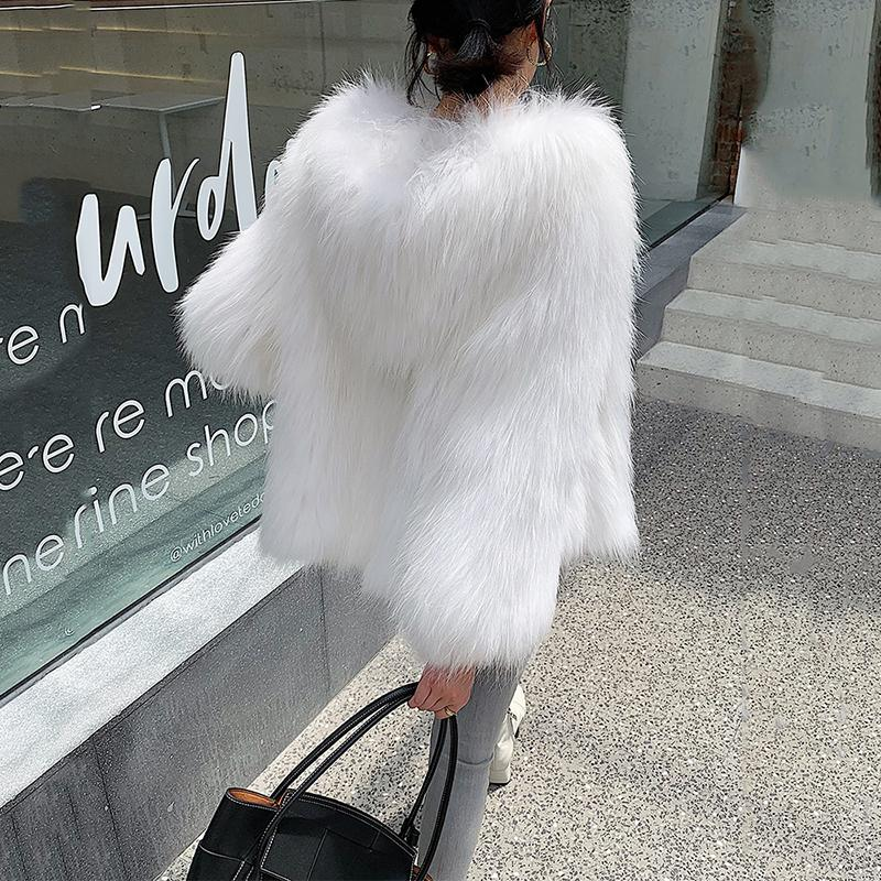 de lujo de color las mujeres blancas chaqueta de piel natural de la chaqueta de punto con la piel del mapache genuina caliente del invierno ropa de mujer ropa exterior capucha T200917