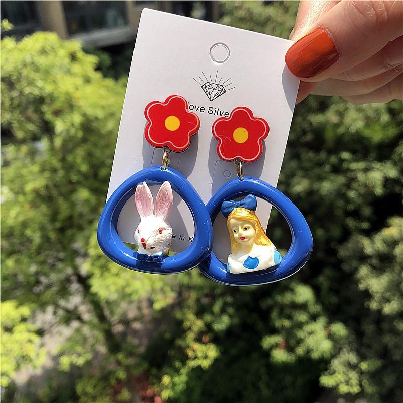 Kadınlar için fB4PC Kişiselleştirilmiş Alice tavşan denizlik serisi çerçeve ve küpe Melek Kitty asimetrik 925 gümüş küpe