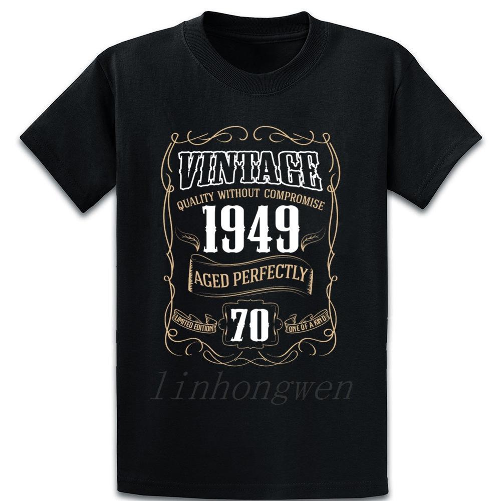 Né en 1949 Vintage 1949 La vie commence à 70 T-shirt mignon Photos Lettre coton été ronde imprimé cou Comical shirt