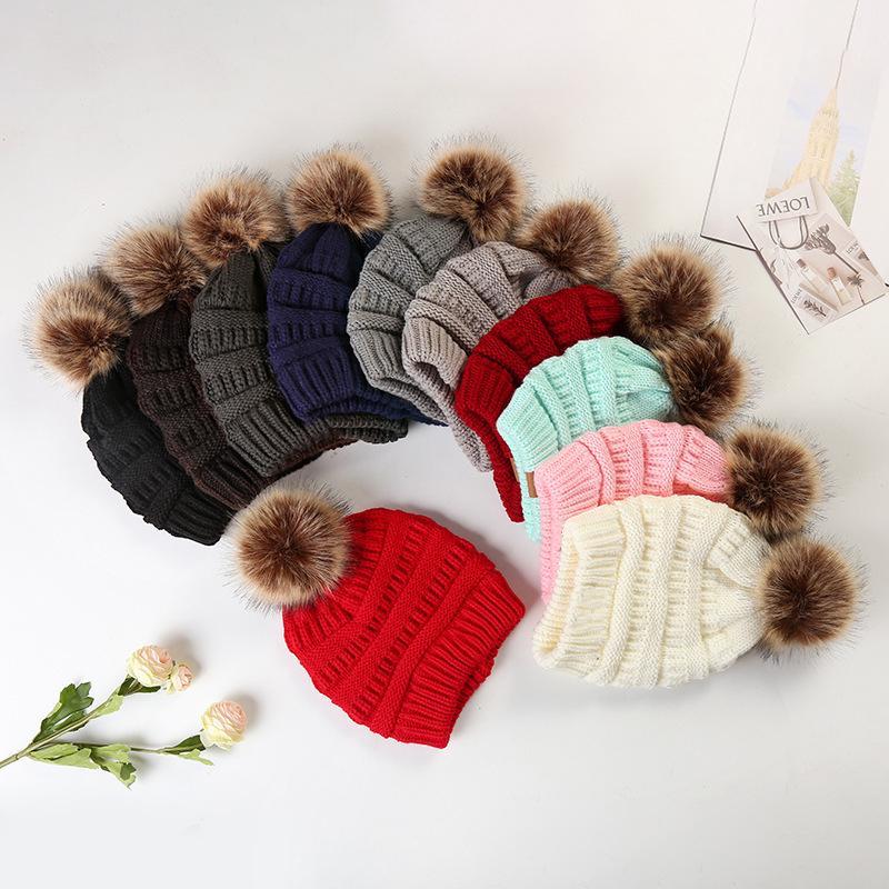 12 colori Berretti con la stessa etichetta maglia Berretti caldo e denso Non più velluto Cappello di lana Inoltre sfera di capelli di lana Cap