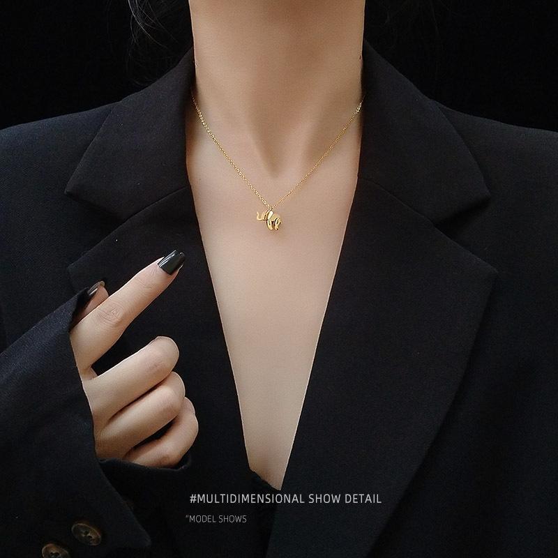 Vendita calda design multistrato cucitura elefante clavicola collana in acciaio gioielli in titanio femminile di placcatura 18K reale colorfast oro