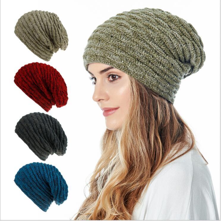 Mode Bonnet Adulte Oreillettes Chapeau Ganterie Crochet solide Ski Outdoor Caps Hommes Femmes Bonnet tricotée laine Chapeaux d'hiver Casual Cap LSK1220