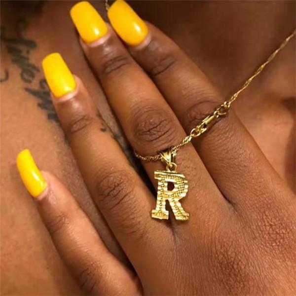 Ouro minúsculo Initial Necklace Letter por Mulheres Hip Hop Colar Vintage Pendant alfabeto A-Z Declaração Jóias Presentes de Natal Bijoux Femme c12