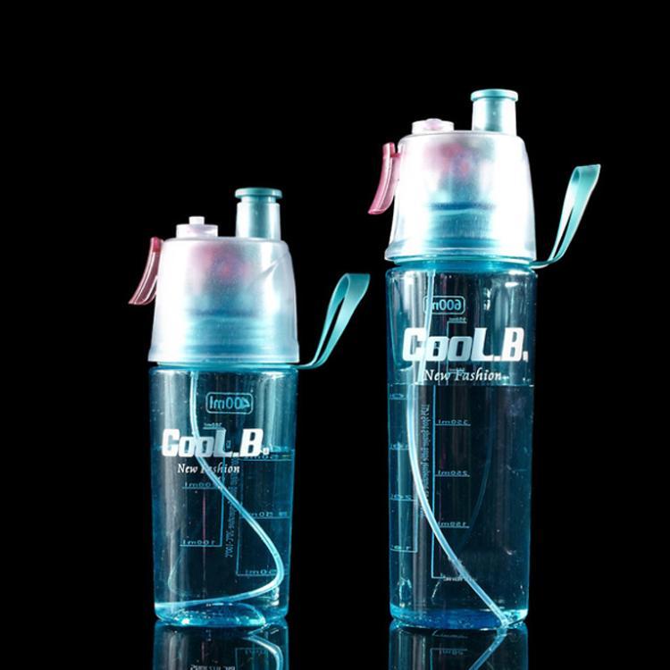 Vente chaude BPA Mist Spary plastique Bouteille d'eau en plein air Cyclisme Course à pied Portable Sport bouteille d'eau étanche bouteille d'eau