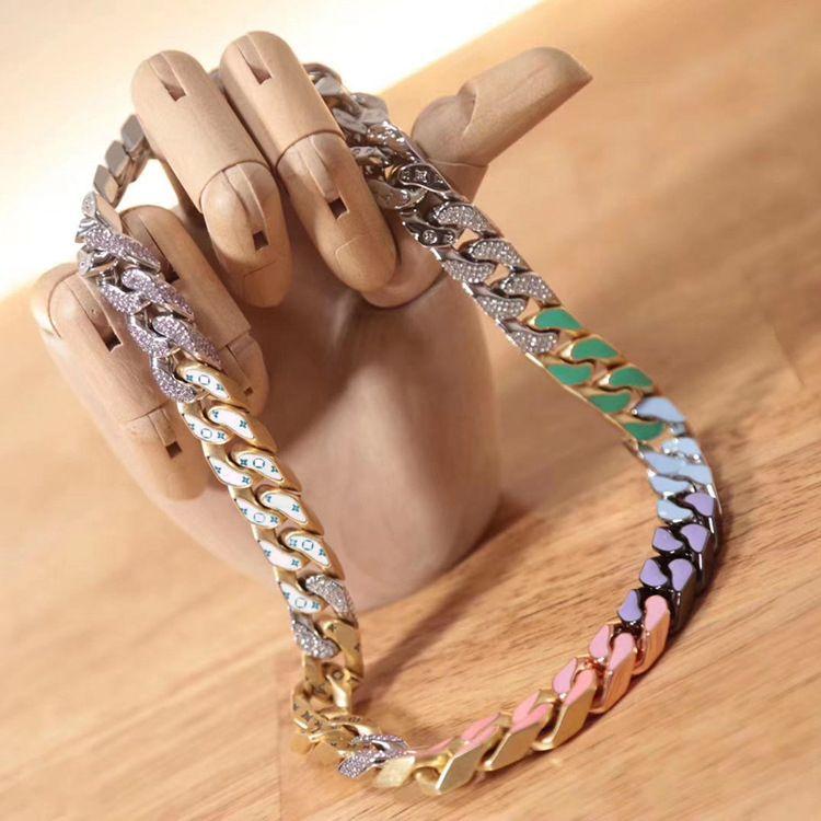 فاخر مصمم المجوهرات للرجال الملونة النفط نازف مع الماس قلادة مكتنزة لمصممي قلادة لترف الرجل الدعاوى
