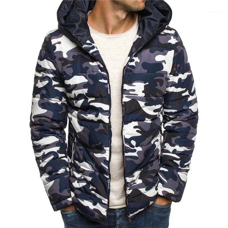 Baumwolle gepolsterte Kleidung Schlanke Kapuze Mantel-Männer Neue Kleidung der Männer beiläufige Art und Weise Jacken-Winter-Tarnung