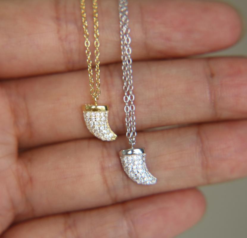 garanzia Argento 925 delicato fascino carino corno micro spianare corno cz semplici gioielli in argento delicata collana