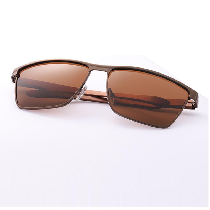 Box İle Yeni Dikdörtgen Erkekler Polarize Sunglases Siyah / Kahverengi / Siliver 3 Renk Metal Çerçeve UV400 Sürüş Gözlük gel