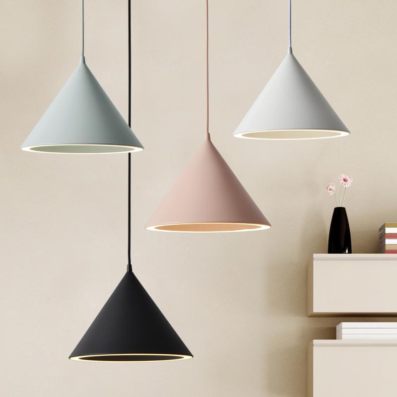 2020 moderno pendente ha condotto la lampada con paralume in alluminio Per Diningroom Cafe Bar Restaurant Nordic Cono lampada a sospensione Lampadario LED