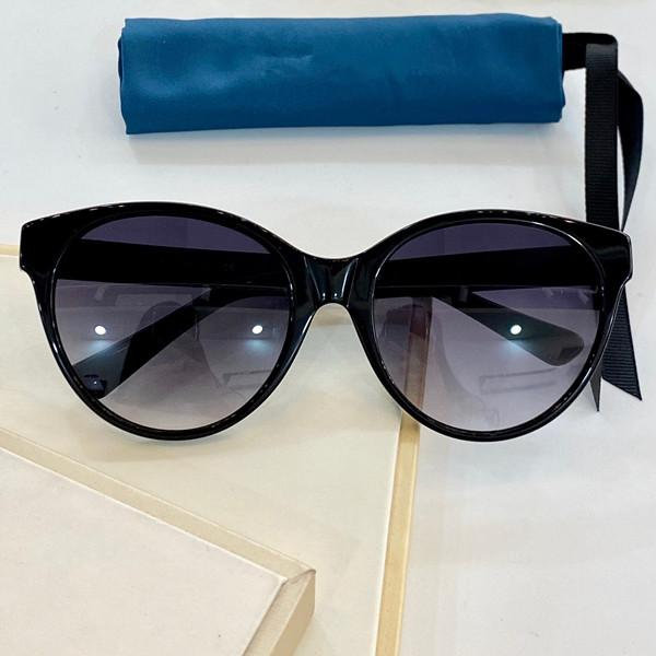 0419 Sunglasses Classic Fashion Square Summer Style Plate Plus Metal Frame Top Quality UV Protection Lens Come With Case