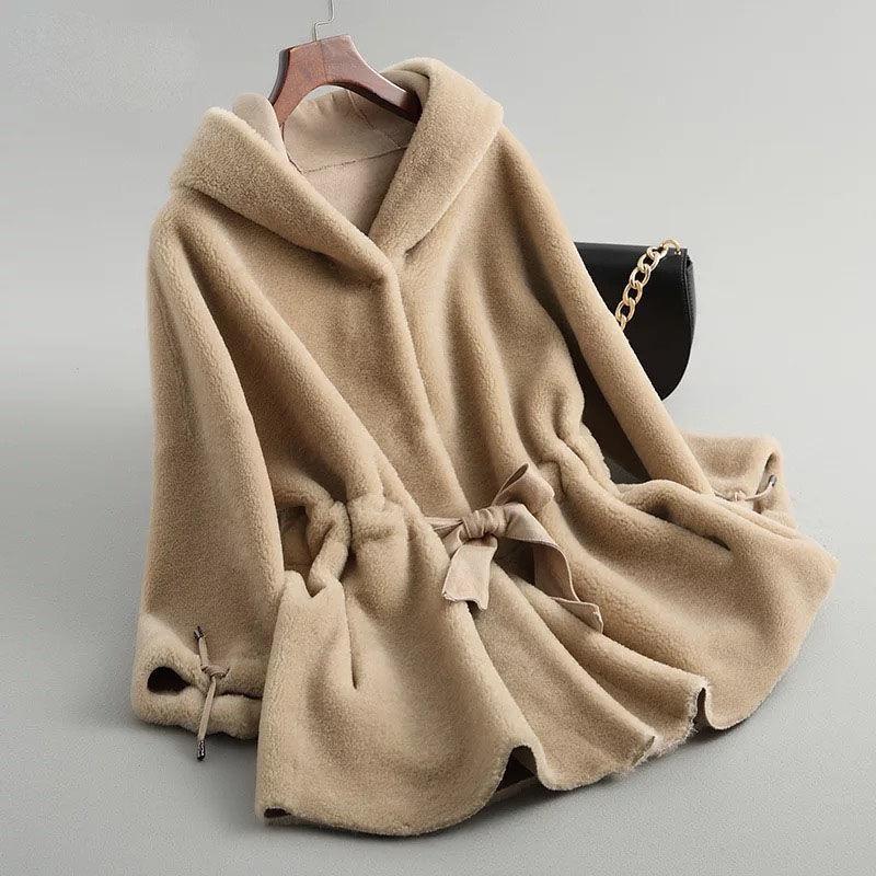 الخراف النساء الشتاء مقنع ريال الفراء المعطف أنثى الطبيعية قص معاطف الفراء السيدات عارضة الدافئة حمل معطف الفرو مع حزام Y121 T200915
