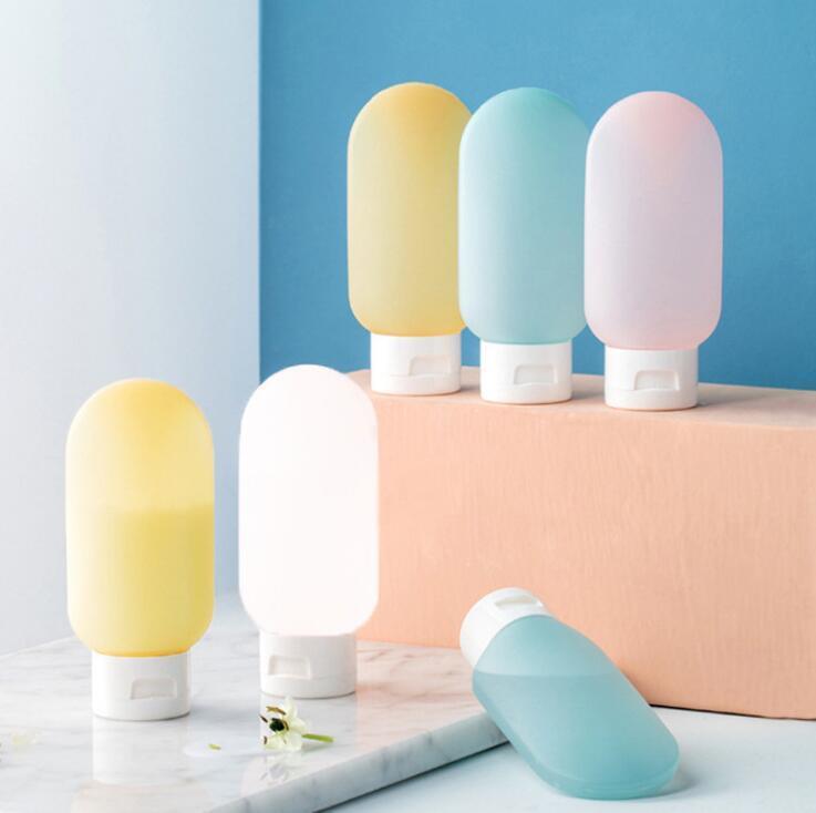 Tragbare PE-Flaschen Mini leere Reiseverpackungsflaschen für Lotion Shampoo-Bad-Flaschen Behälter Schlauch Außen-Spielraum-Flaschen 60ml YL534