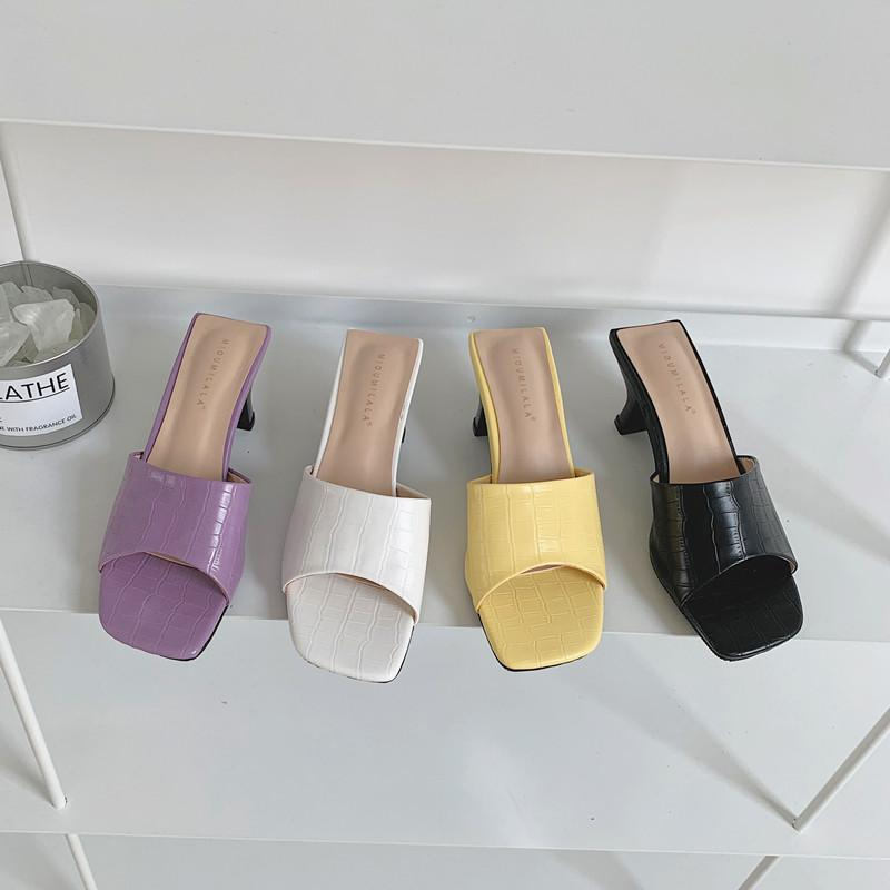 Le donne diapositive Moda Ballerine Scarpe: sui talloni Mid sexy stile romano pattini di vestito casuale estate diapositive a colori Solid Pantofole
