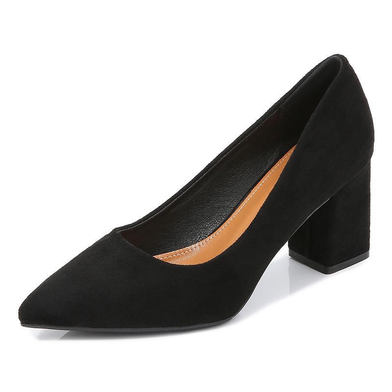 Les femmes noires pompes fond mou talons bas chaussures tous les jours simples dames pointues chaussures troupeau innovantes daim à talons hauts