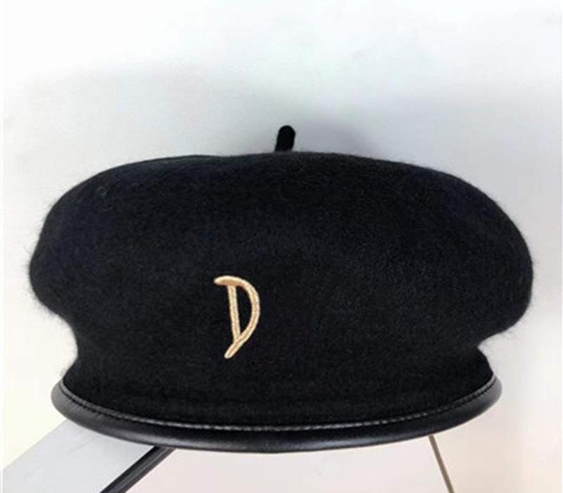 femme laine chapeau haut chapeau dame noire accessoires automne hiver printemps présente des articles de mode de Noël de chapeau de mode d'avant-garde