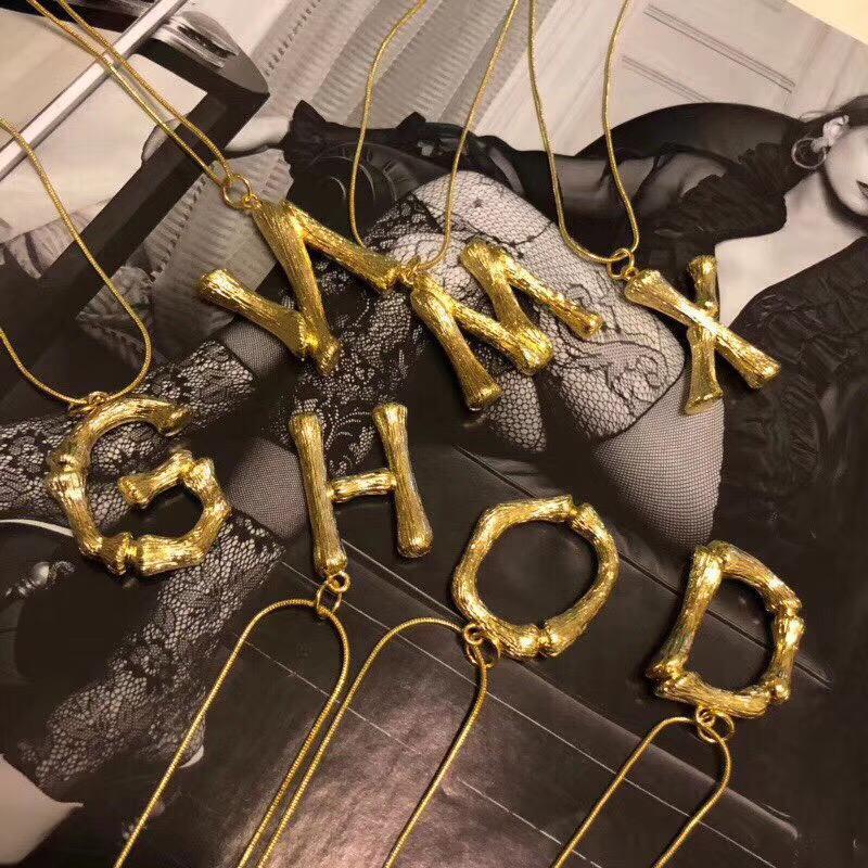 Vintage Brand Designer Медь с 18k позолоченных Больших 26pcs алфавитов Письма ожерелья для женщин ювелирных изделий