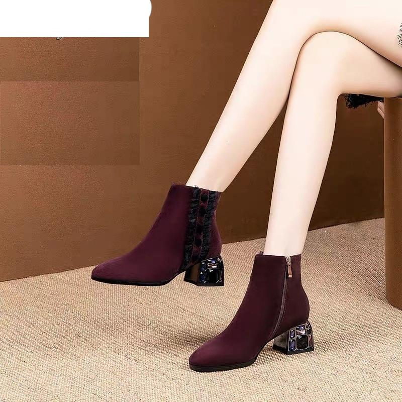 2020 botas de moda botas Side-pull Mid-calcanhar Botas Round Head Wedge de calcanhar de New Mulheres Inverno Suede Mulheres