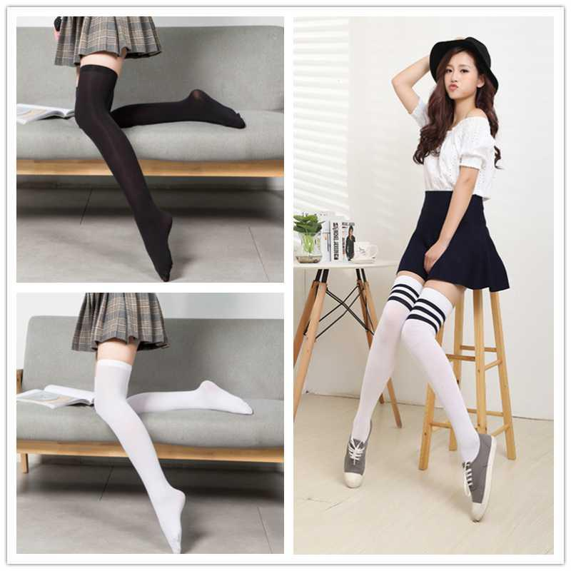 الجوارب جوارب الجوارب مثير النساء اليابانية kawaii harajuku جميلة عدم الانزلاق المنزل الفتيات balck الأبيض مخطط على الركبة