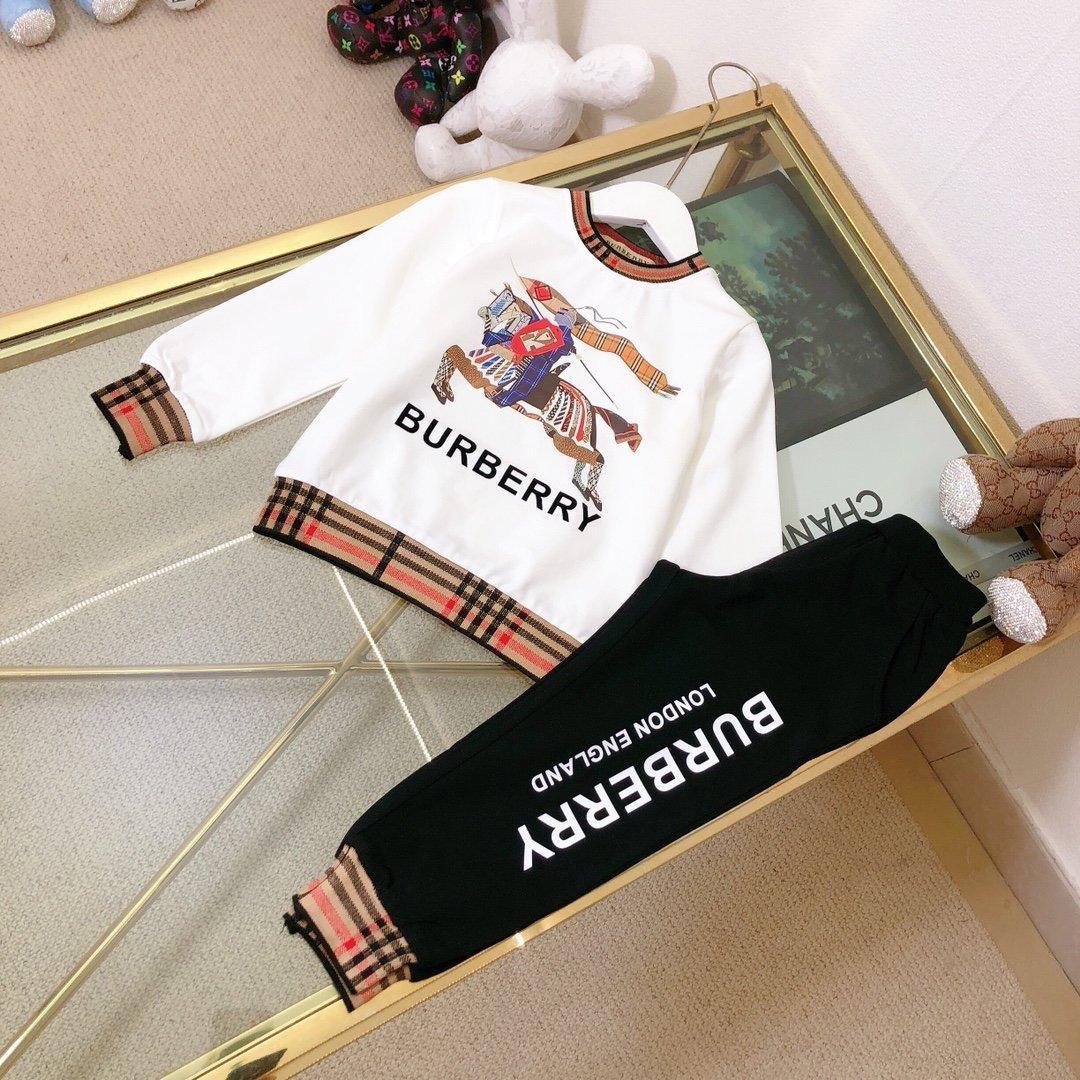 Hochwertige Kinder Kleidung Sets Kindkleidung Junge Mädchen Tops T-Shirt Sweatshirt Kurzschlusshosen Hosen 2pcs Sätze YRGO
