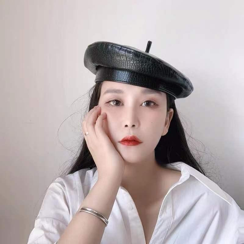 01910-Yuchun-744836530 chapeau mode simili cuir grain crocodile design pu modèle Beret hommes femmes chapeau peintre loisirs