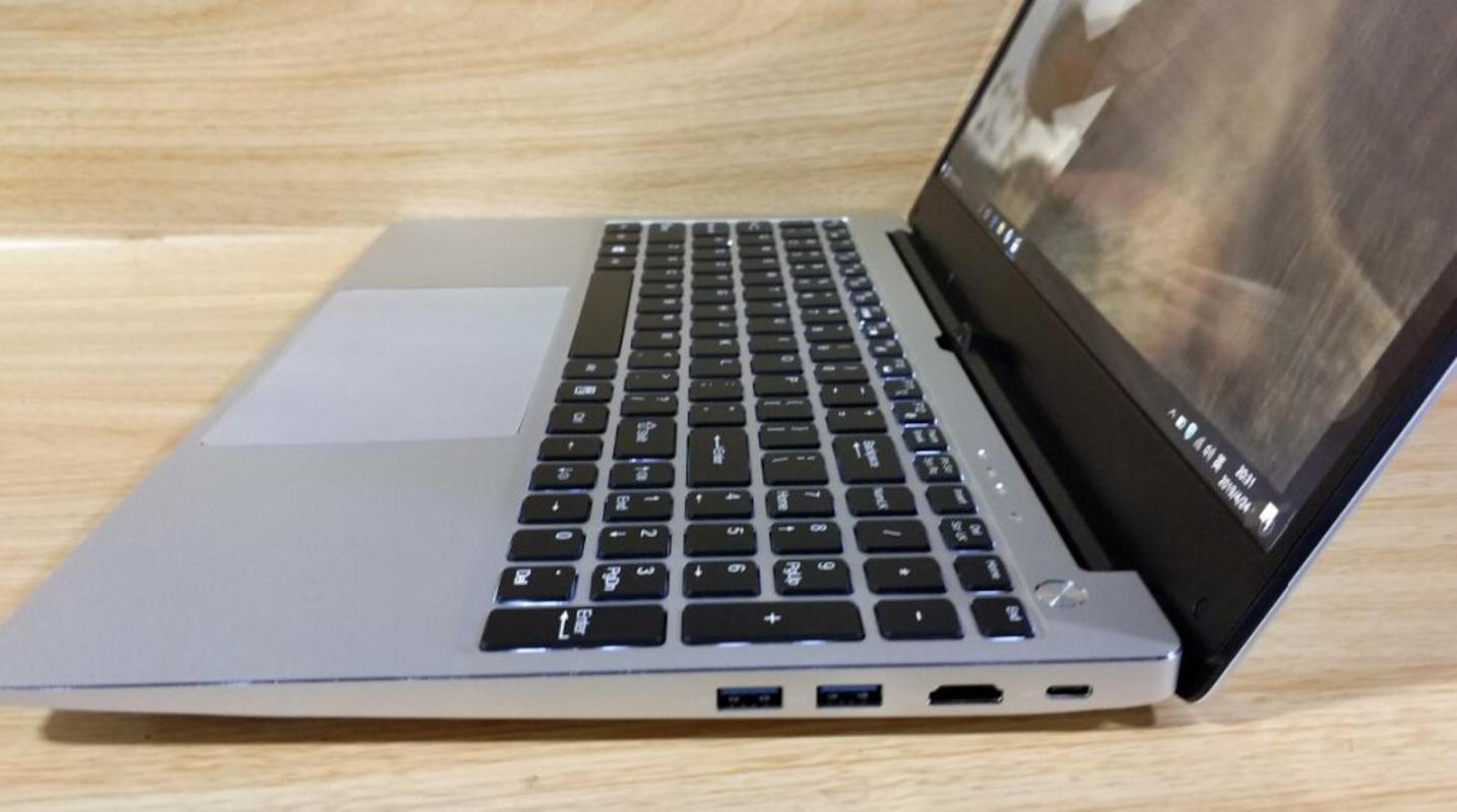 Металлический корпус игрового ноутбука 15,6-дюймового 16 Гб RAM 1TB SSD ядро Intel Notebook Student компьютер PC портативный Full Size Backlit