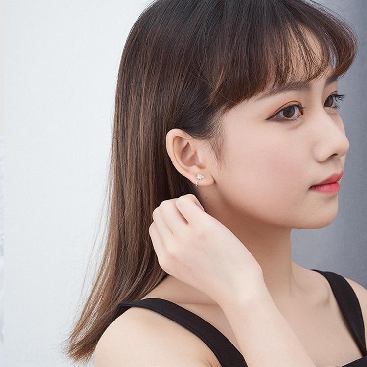 Fp6tl 925 Sterling Silber Sterne und Sterne Frauen koreanischer Stil moderner Stern mit Diamanten besetzter einfachen Ohrclip eleganten Silberschmuck