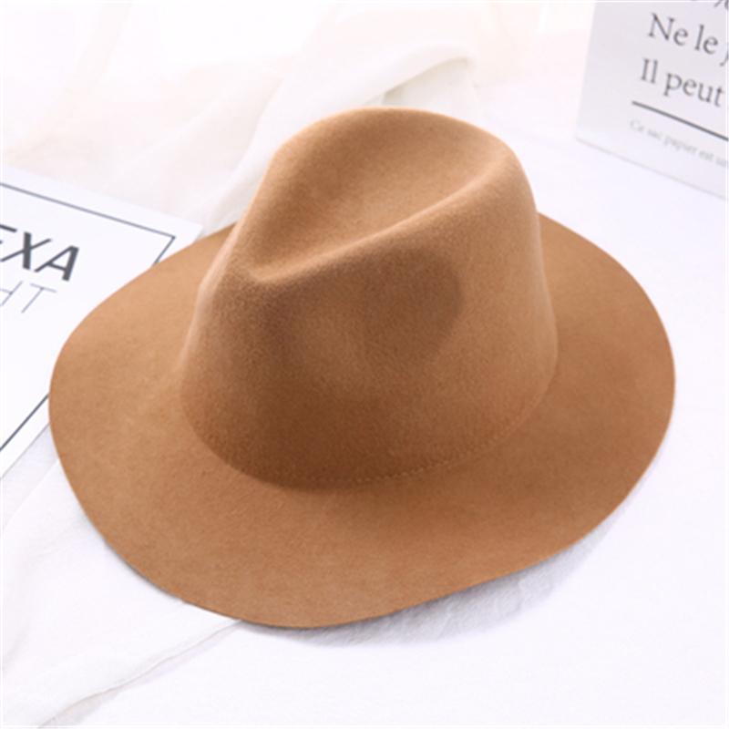 مائج حافة قبعة فيدورا النساء الصوف الاصطناعي اللون الصلبة القبعات سقوط للمرأة العصرية قبعة فيلت القبعات خمر سمبريرو الكلاسيكية