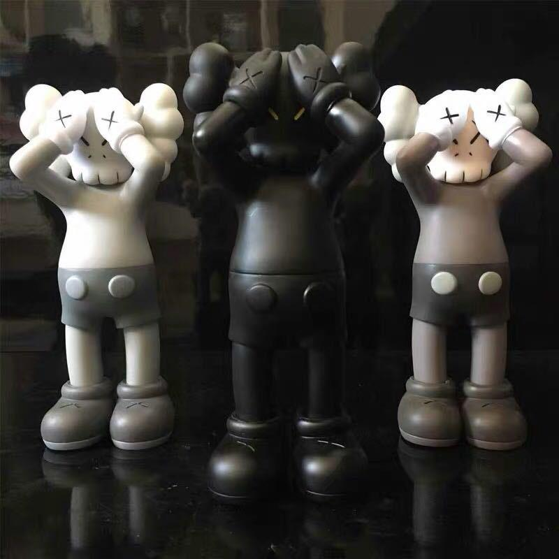Hot 28CM 0.8KG Originalfake KAWS Facepalm tide doll hand model toy to limit the trend around