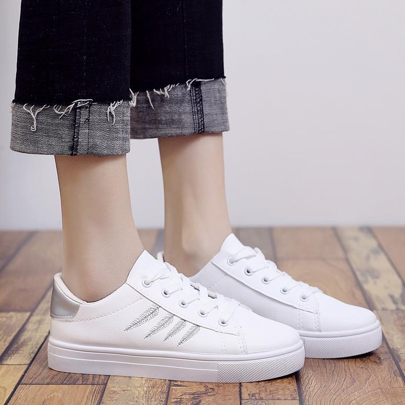 ayakkabı bayan rahat beyaz pu deri ayakkabı kadın serin c2203 kadar Cresfimix kadın moda rahat yapraklar baskılı dantel