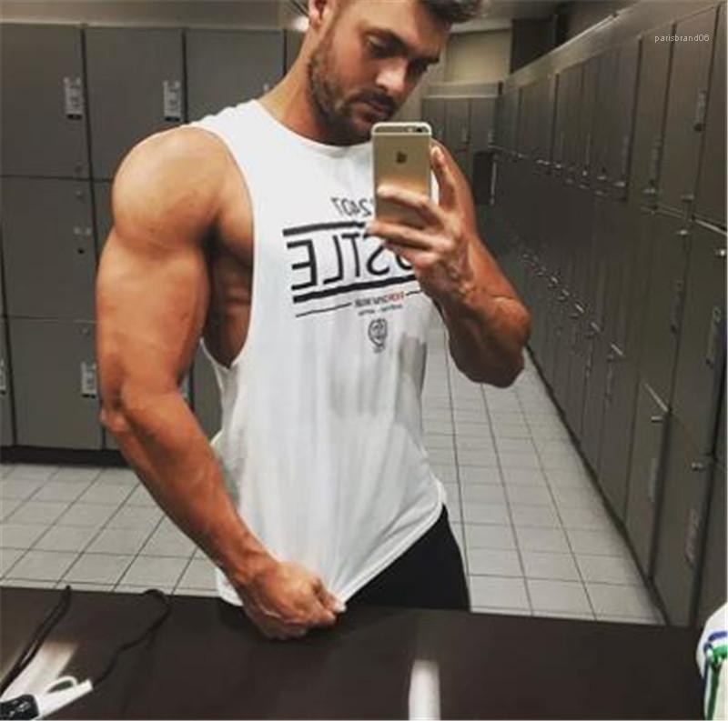 O Boyun Baskı Aktif Tişört 2020 Yaz Erkek Giyim Erkek Kısa Sport Tişört Tasarımcı Muscle Man Kısa Kollu