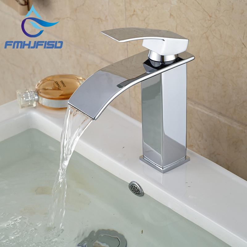 Frete grátis Atacado e promoção de varejo latão polido Chrome Cachoeira torneira Bacia Banheiro Praça Vanity Sink Mixer Tap