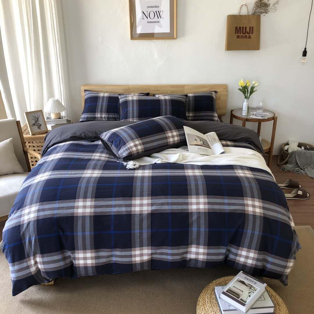Picture of: Dark Blue Bedding Sets Plaid Cotton Bedding Sets Cover Modern Queen Size Quilt Cover Bed Sheets Pillowcases Duvet Cover Set Cheap Bedroom Comforter Sets Buy Duvet Covers Online From Chic Fashion 104 16 Dhgate Com