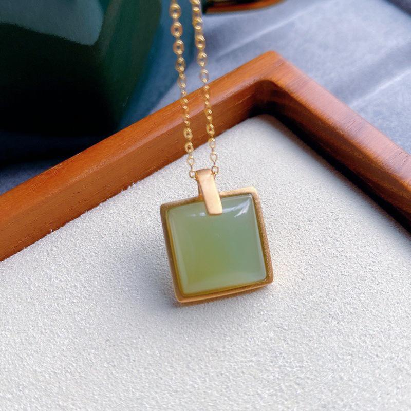 Ciondolo collane quadrato collana anziana intarsiata verde semi-preziosa pietra femmina classico regalo semplice S925