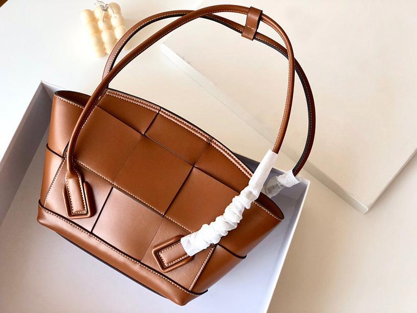 2020 moda çantalar kaliteli deri çanta tasarımcısı en çok satan çanta kadın çantası lüks çanta Dokuma Crossbow omuz çantası