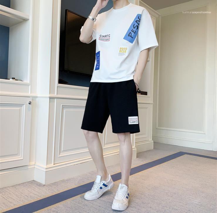 Harf Baskı Tracksuits Erkek Yaz Spor Tasarımcı Sokak Stili Gevşek Casual Suit Erkekler Ekip Boyun Diz Boyu Gençler 2PCS ayarlar
