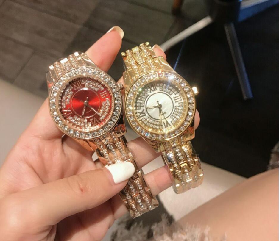 Новые поступления роскошные женские дизайнерские часы стол полный алмаз леди стальной цепь часы роскошные кварцевые часы досуга моды дизайнер