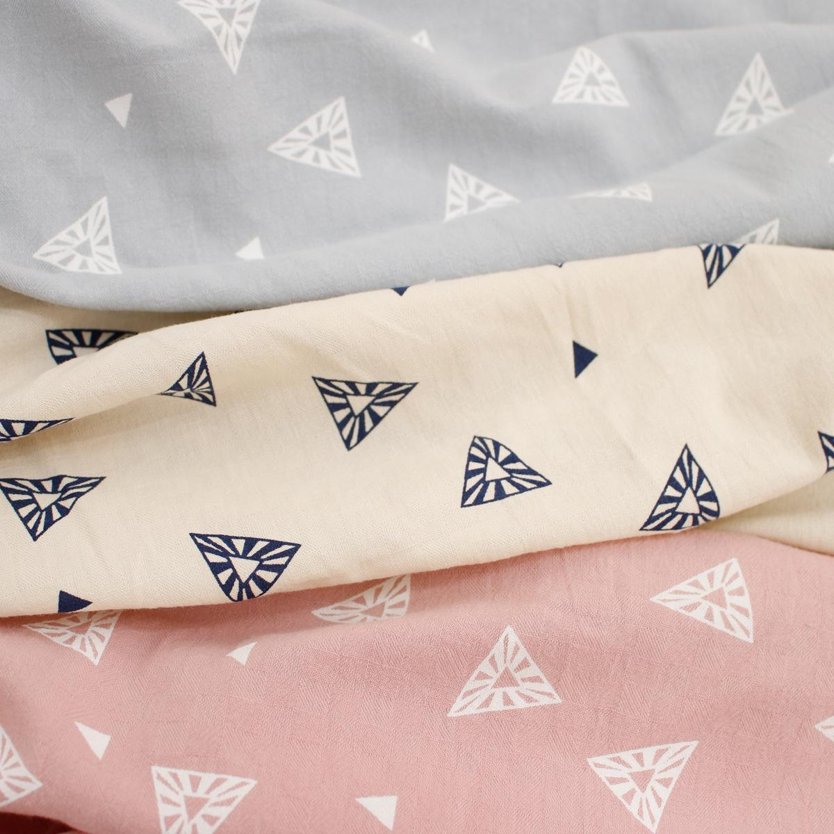 2020 Spring and Summer Triangle Geometric Printing Washed Cotton Dark Plaid Fashion Jacquard Children 's Clothing Fabric