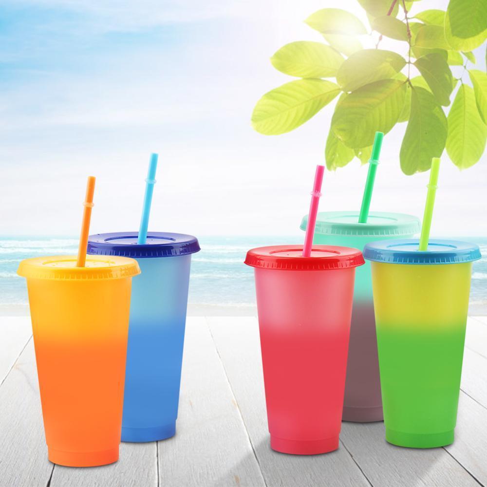 5шт многоразовые пластиковые бутылки воды Температура Изменение цвета холодной чашки 700мл Магия массажер сок Кофе с соломкой и крышкой комплект T200911
