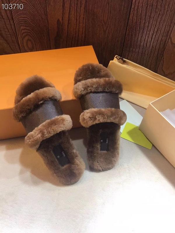Nuova serratura piatta Mule Donne Pantofole Driver Sandali diapositive Cognac Brown morbidezza Scarpe Sneakers in pelle soffice pelliccia Slipper reale con box